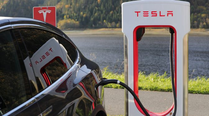 how do electric vehicle charging stations work?